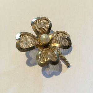Vintage Coro Flower Broch